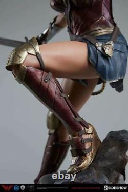 1/4 Scale Wonder Woman Premium Format Figure Statue Sideshow Collectibles