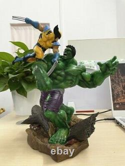 Anime Hulk Vs Wolverine Movie Resin 30cm Action Figure Statue Collectible Toy