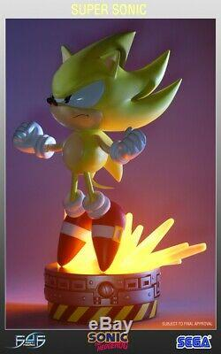 Classic Super Sonic Exclusive First4Figures Resin Statue