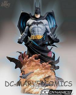 DC DIRECT DYNAMICS BATMAN STATUE #102/2500 MIB! JLA DARK KNIGHT Rises Figure