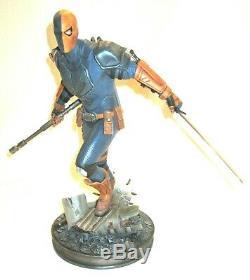 Deathstroke Sideshow Collectibles Exclusive Premium Format Figure Statue 39/500