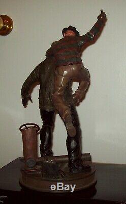 Freddy Vs. Jason Exclusive Scream Scene Sideshow Statue premium format figure