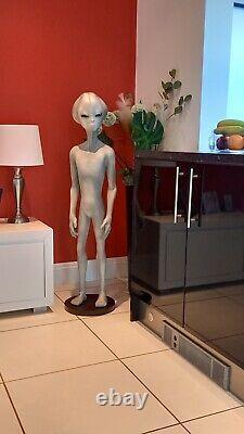 Halloween Fibreglass / Resin 4 Foot Alien Statue / Figure