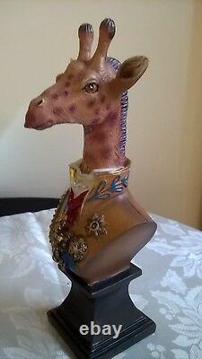 Lion Rhino Giraffe Animal Military Dressed Bust Resin Statue Figure Set