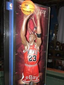 Michael Jordan 1998 Finals Last Shot Statue/Figure Upper Deck Pro Shots Ultimate