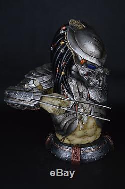 PREDALIEN Predator Alien Life Size Resin Figure Bust Statue Collectible LED EYES