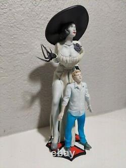 RESIDENT EVIL 8 Village Lady Dimitrescu + Ethan Winters statue figures