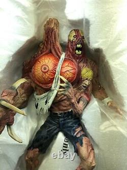 Resident Evil William Birkin G2 Resin Statue Figure In great conditions