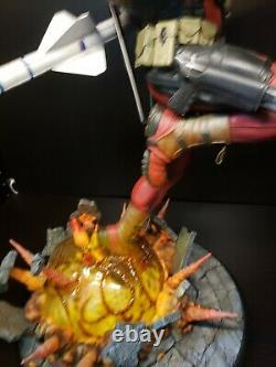 SIDESHOW Deadpool Heat-Seeker PREMIUM FORMAT FIGURE STATUE