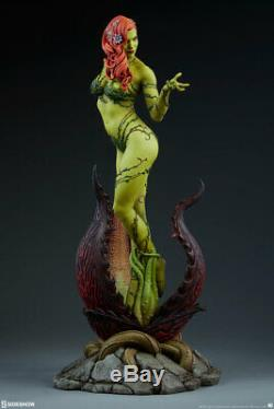 Sideshow Poison Ivy DC Comics Premium Format Figure Batman Statue