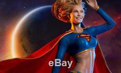 Sideshow Supergirl Premium Format Figure Statue DC New